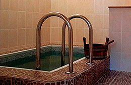 У Бабули, баня